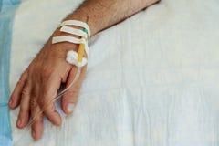 Aiguille de compte-gouttes médical image stock