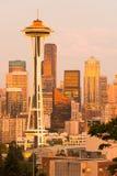 Aiguille de l'espace et horizon de Seattle du centre Image stock