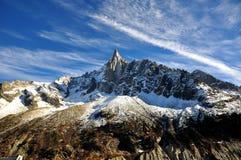 Aiguille du Dru en el macizo de Montblanc, montan@as francesas fotografía de archivo