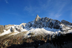Aiguille du Dru en el macizo de Montblanc, montan@as francesas imagenes de archivo