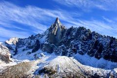Aiguille du Dru nel massiccio di Montblanc, alpi francesi Fotografia Stock