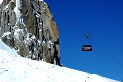 The aiguille du midi cable car arriving Stock Photos