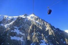 Aiguille du Midi en kabel, Franse Alpen, Frankrijk stock afbeeldingen