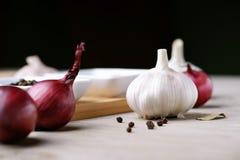 Ail, oignon et poivre Image stock