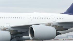Aile d'avion de Lufthansa Airbus A380 clips vidéos