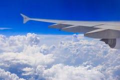 Aile d'un avion Image stock