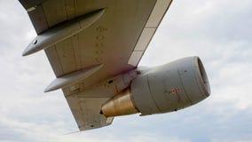 Aile de jet de moteur d'avion d'avions Photo libre de droits