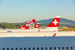 Ailerons de queue des avions - ligne aérienne Photo libre de droits