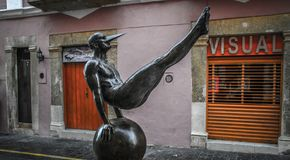 Ailes de la ville par Jorge MarÃn, objet exposé de sculpture dans les rues de Campeche, Campeche, Mexique Photographie stock