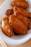 Ailes de poulet de sauce de soja Images libres de droits