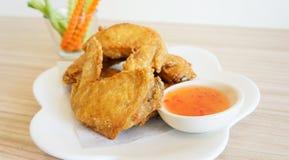 Ailes de poulet frit Photos stock