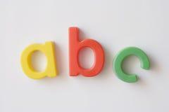 Aimants de réfrigérateur de lettre images stock
