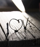AIMEZ l'idée heureuse de jour de valentines, en épousant la carte de voeux d'invitation ou Image libre de droits