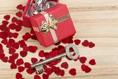 Aimez la clé à mon coeur, symbole de l'amour Photo stock