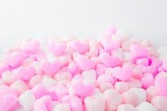 Aimez, les coeurs roses de mousse, fond, pour le jour de valentines Photographie stock libre de droits