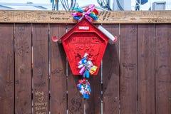 Aimez les serrures sur une boîte de courrier à Séoul, Corée du Sud Image libre de droits