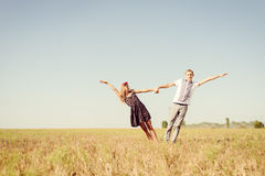 Aimez, romance, avenir, vacances d'été, et concept de personnes Images stock