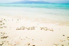 Aimez-vous des lettres sur la plage Photo stock