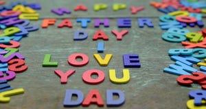 Aimez-vous papa, fête des pères heureuse Image libre de droits