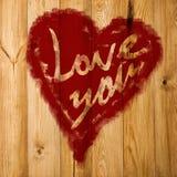 Aimez-vous salutation de coeur sur le fond en bois affligé de texture grunge de vintage peint Photos stock