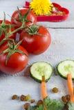 Ainda alimento saudável da vida em um fundo de madeira Fotos de Stock Royalty Free