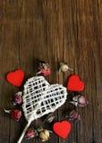 Ainda coração da vida no fundo de madeira Foto de Stock