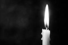 Ainda luz da vela da vida com conceito preto e branco abstrato Imagem de Stock Royalty Free