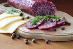 Ainda verdes do queijo da salsicha da vida Foto de Stock