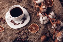 Ainda vida bonita com café rústico foto de stock