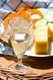 Ainda vida com alimento e vinho Foto de Stock