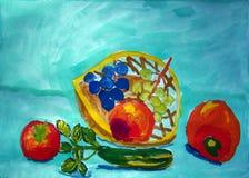 Ainda vida com as frutas e legumes pintadas pela criança imagem de stock royalty free