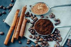Ainda vida com café e canela Foto de Stock Royalty Free