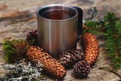 Ainda vida com a caneca de chá quente Foto de Stock Royalty Free