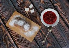 Ainda vida com doce e cookies Imagens de Stock Royalty Free