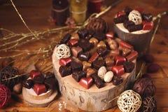 Ainda vida com doces de chocolate Fotos de Stock