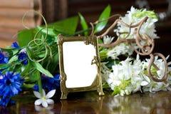 Ainda vida com frame ornamentado antigo. Foto de Stock Royalty Free