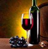Ainda vida com frasco de vinho Foto de Stock