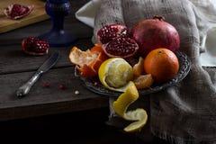 Ainda vida com fruta imagens de stock