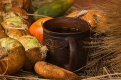 Ainda vida com fruta e verdura Imagem de Stock Royalty Free