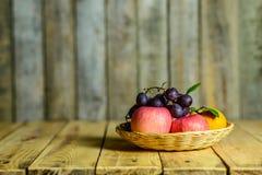 Ainda vida com frutas Imagem de Stock