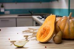 Ainda vida com frutos e abóbora do outono Imagem de Stock Royalty Free