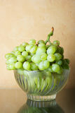 Ainda-vida com grupo de uvas Imagem de Stock Royalty Free