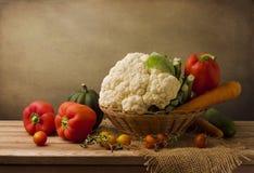 Ainda vida com legumes frescos Imagens de Stock Royalty Free