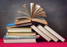Ainda vida com livros Fotos de Stock Royalty Free