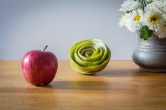 Ainda vida com maçã vermelha Foto de Stock