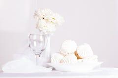 Ainda vida com marshmallows doces Fotos de Stock