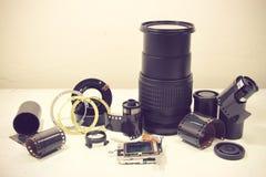 Ainda vida com objetiva quebrada, filme da câmera, sensor do Cmos, a Fotos de Stock
