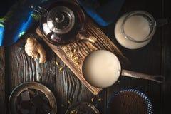 Ainda vida com os ingredientes para a opinião superior de trufas de chocolate Fotografia de Stock Royalty Free