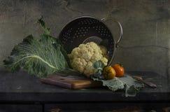 Ainda vida com os vegetais na cozinha Imagens de Stock Royalty Free