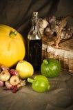 Ainda-vida com os vegetais no estilo rural Imagens de Stock Royalty Free